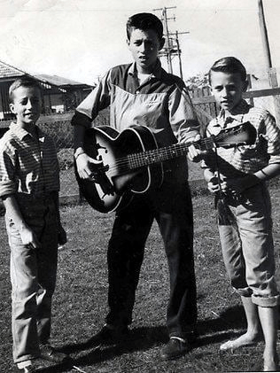 Bee Gees (1960)