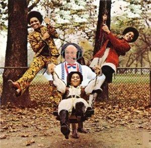 The Staple Singers - The Staple Swingers (1971)