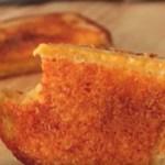 Tripla sajtos melegszendvics