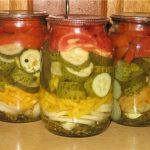 Így készíts egy igazán különleges savanyúságot, néhány káprázatos zöldségből!