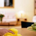 Így előzd meg, hogy lerakódjon a por a lakásodban – Ezzel takarítják a szállodákat is