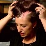Másodpercek alatt hullt ki ennek a nőnek a haja! Hogy mitől? Erre jó, ha ezentúl te is odafigyelsz!