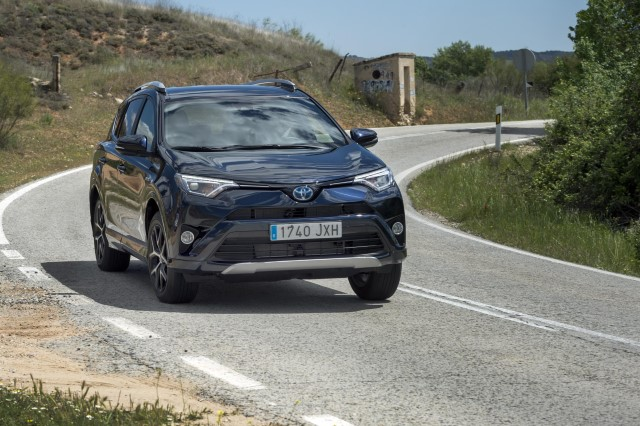 toyota_rav4_hybrid_feel_edition_5