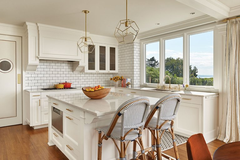 Project by Anne Adams of Adams Architecture, featuring Marvin Ultimate Push Out Casement windows.