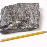 01-graphene-a ultra thin material-graphene extraction from graphite-tracing graphene from graphite-graphite_pencil