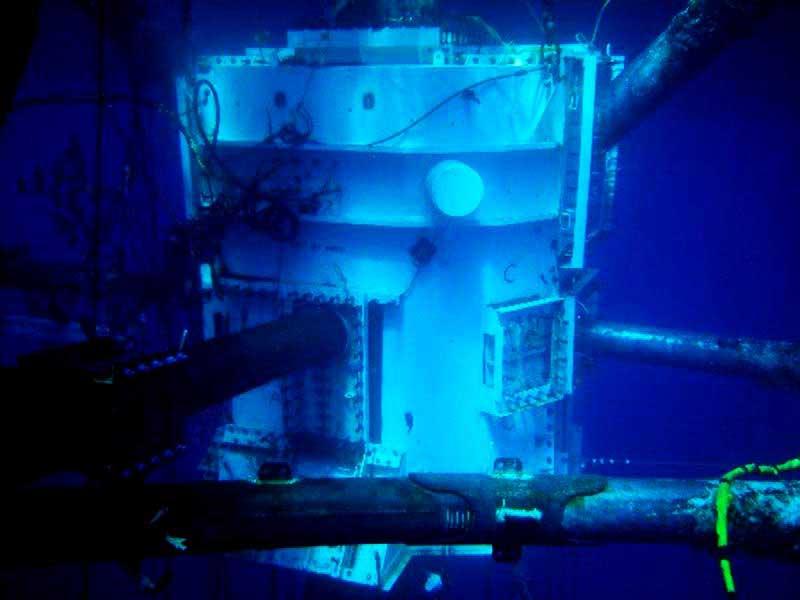442Fa 01 Large Habitat Under Water Dry Hyperbaric Welding | Blogmech.com