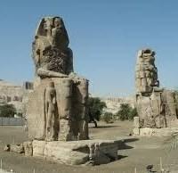 01-Egyptian-ruler-Amenkotep-III-sounding-statues.jpg