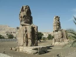 7be2c 01 egyptian ruler amenkotep iii sounding statues Solar Power Solar Power History of Solar Energy