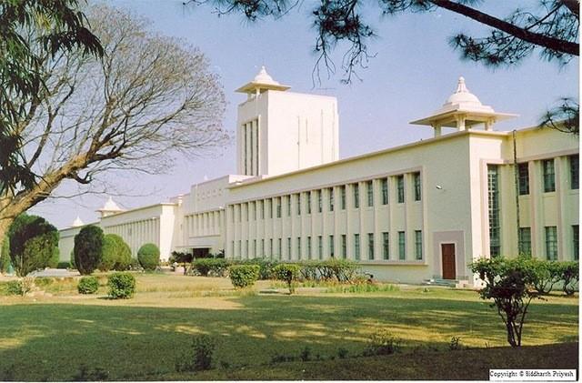 01-bitmesra - Birla Institute of Technology - MEsra - India -Best Engg College