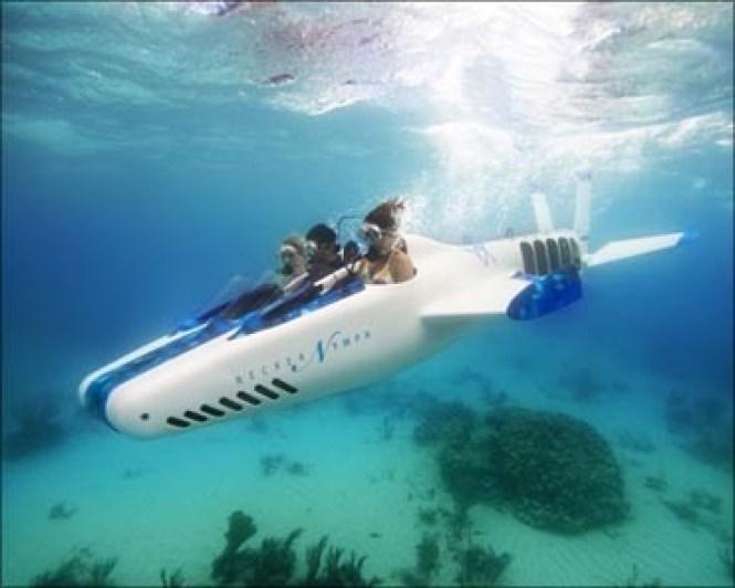 04-Sir richard bransons flying submarine-to explore ocean depths-virgin group-flying mini submarine-necker nymph