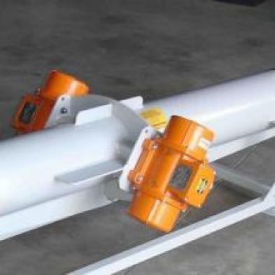 01-vibrating-conveyor-in-balanced-motor