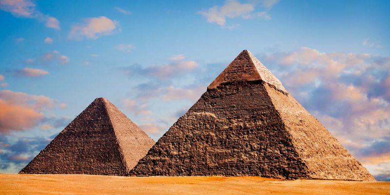 01-Shapes-And-Structures-Pyramid-Shape-Triangular-Shape-Egypt-Pyramid