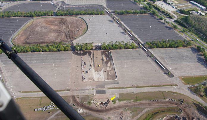 [Magic Kingdom] Nouveaux accès routiers au parc et modifications du parking Magic-kingdom-parking-lot-work-aerial-04052020-2-scaled
