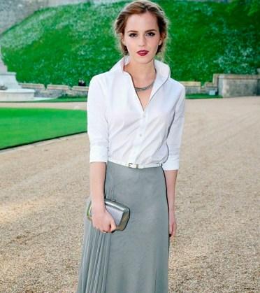Camisa branca + saia longa