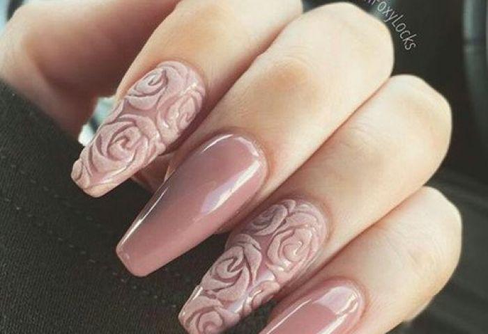 15 Ideas Para Decorar Las Uñas Con Rosas