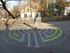 5-circuit, round, on a schoolyard