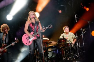 Miranda Lambert with her oh so cute pink guitar