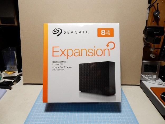 アマゾンで一番安い、8TBのハードディスクをゲット!