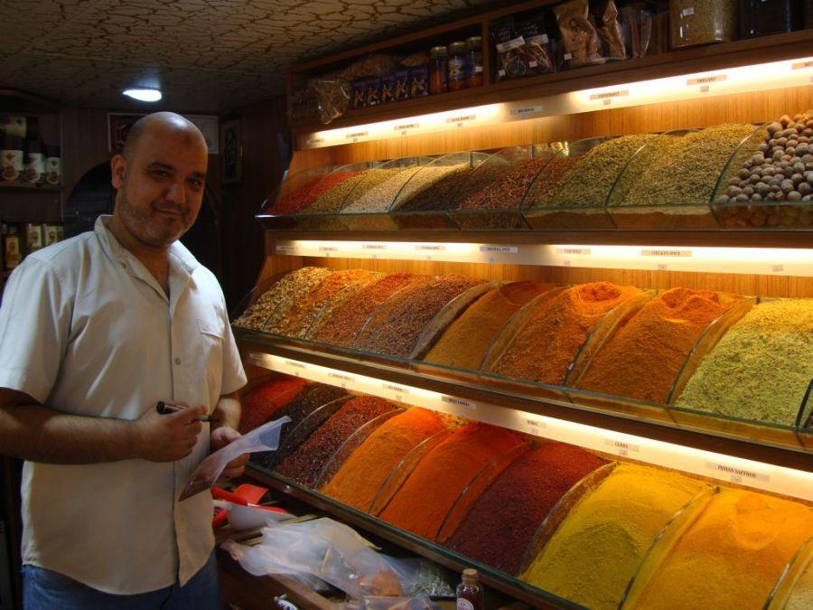 Стамбул. В магазине специй.