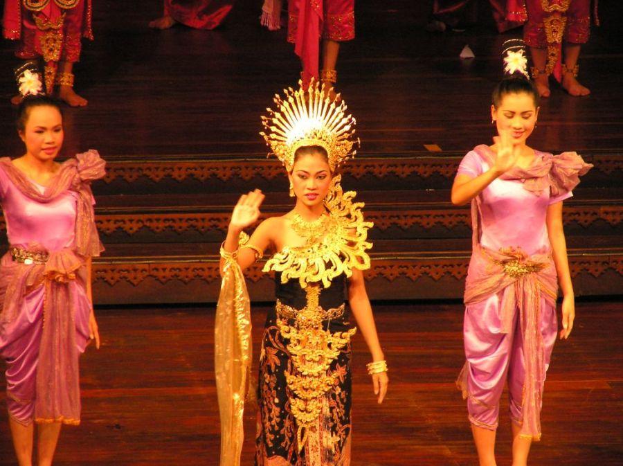 Паттайя. Шоу в Nong Nooch Garden.