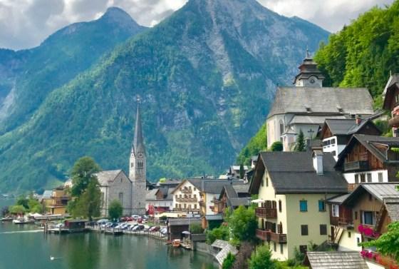 hallstatt-prettiest-lakeside-village-world