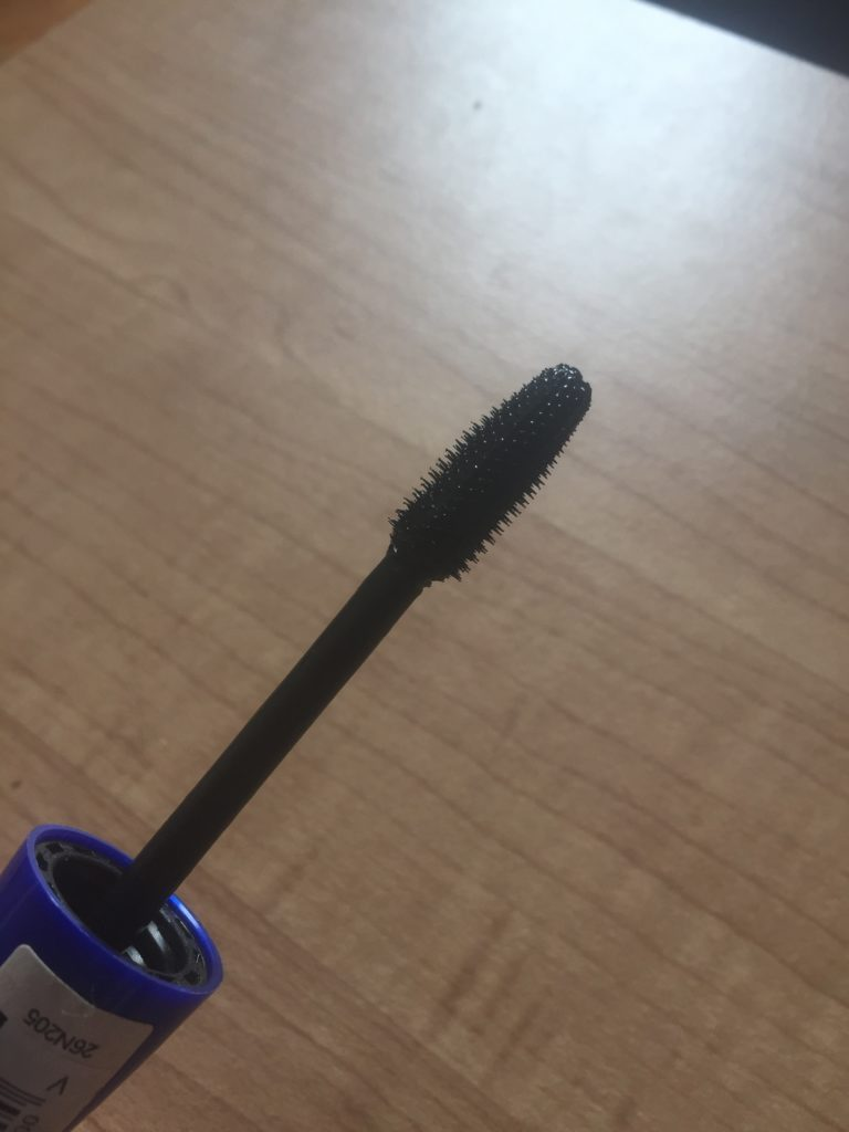 maybelline mascara brush