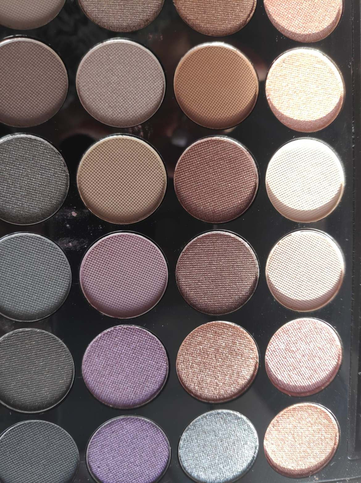 AFFIRMATION PALETTE EYESHADOW COLOURS