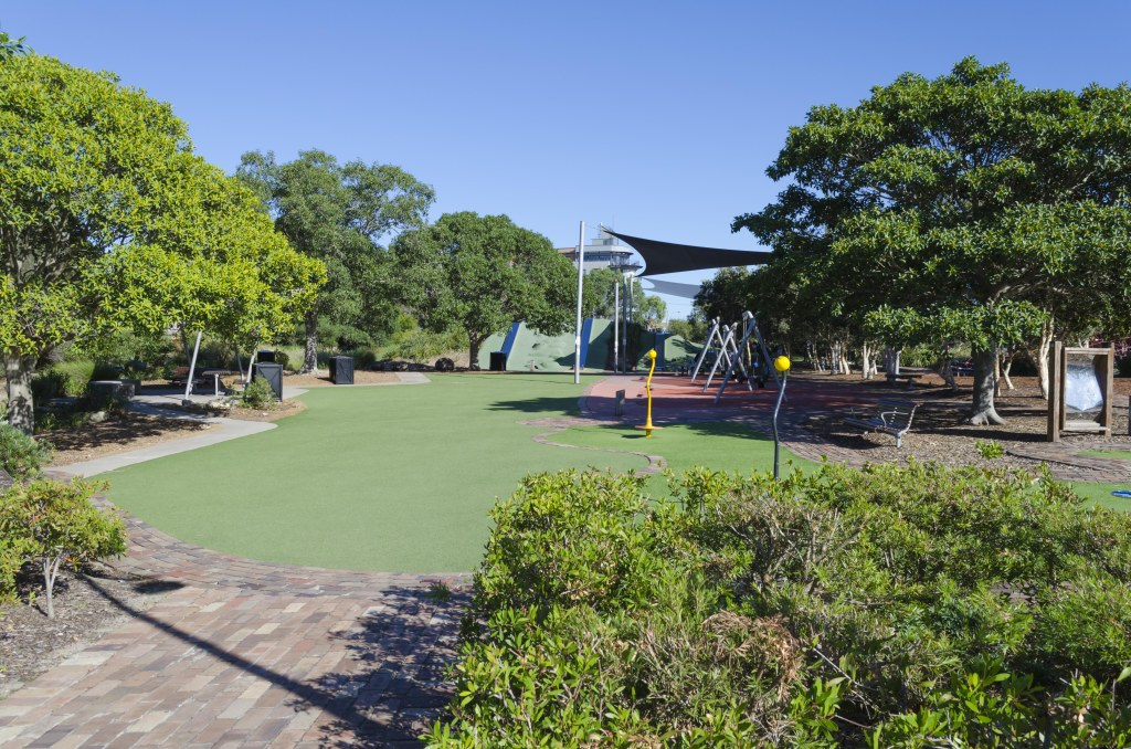 Sydney Park, play equipment