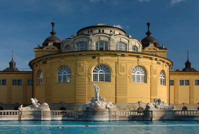 hungary-budapest_thermal-spa