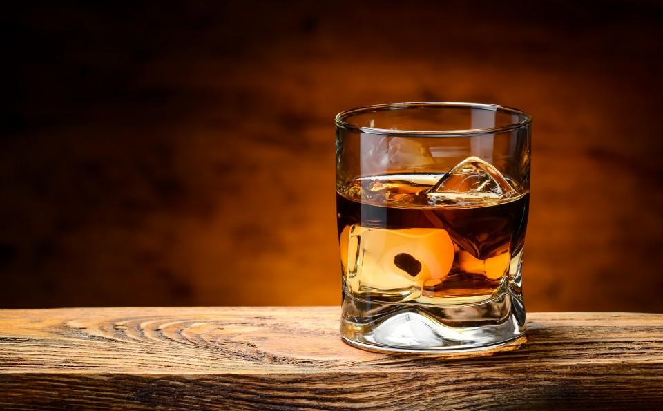 Dit is waarom je whiskey moet drinken!