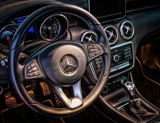 Rijden in een droom Mercedes?