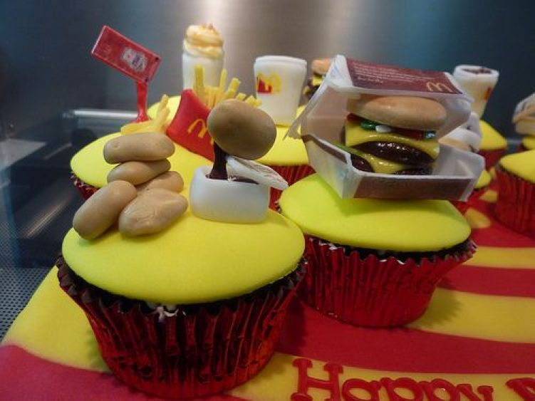 DOCES FESTA MC DONALDS