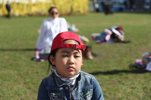 南韓9歲發呆妹