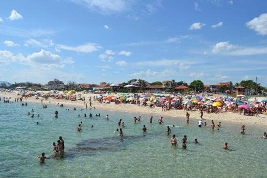 praia-itauna-local-em-saquarema