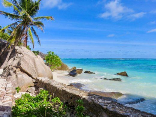 Seychelles blue water