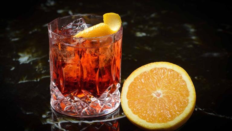 887-negroni-cocktail-ricetta-ingredienti-e-dosi-cocktail-negroni-cocktail-con-gin-e-campari.jpg