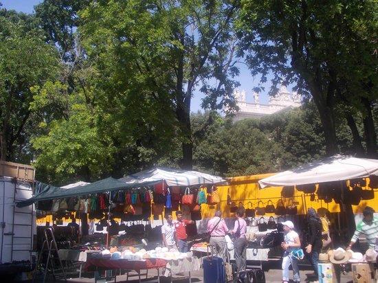mercato-via-sannio-2