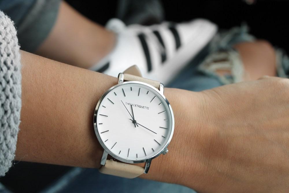 watch-fashion-accessories-clothes-157627.jpg