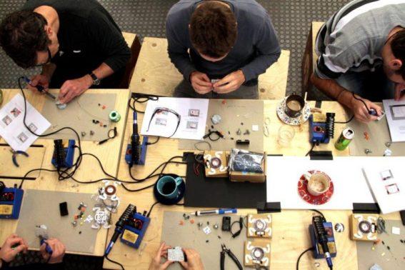 MakersManual-768x512.jpg
