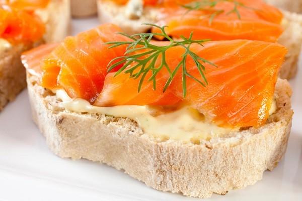 bruschette-salmone