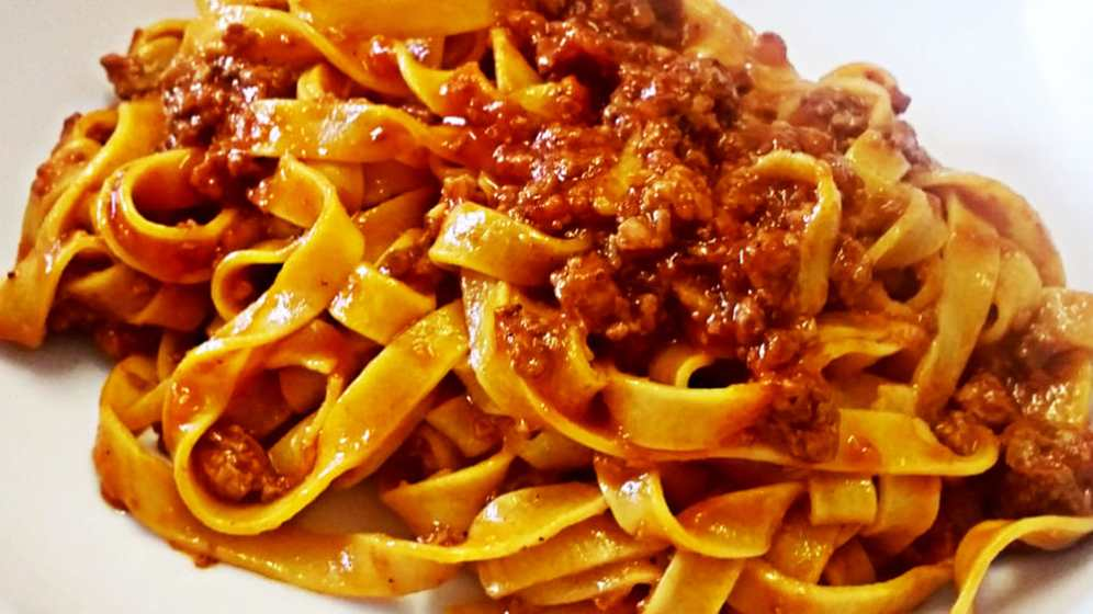fettuccine ragu pasta