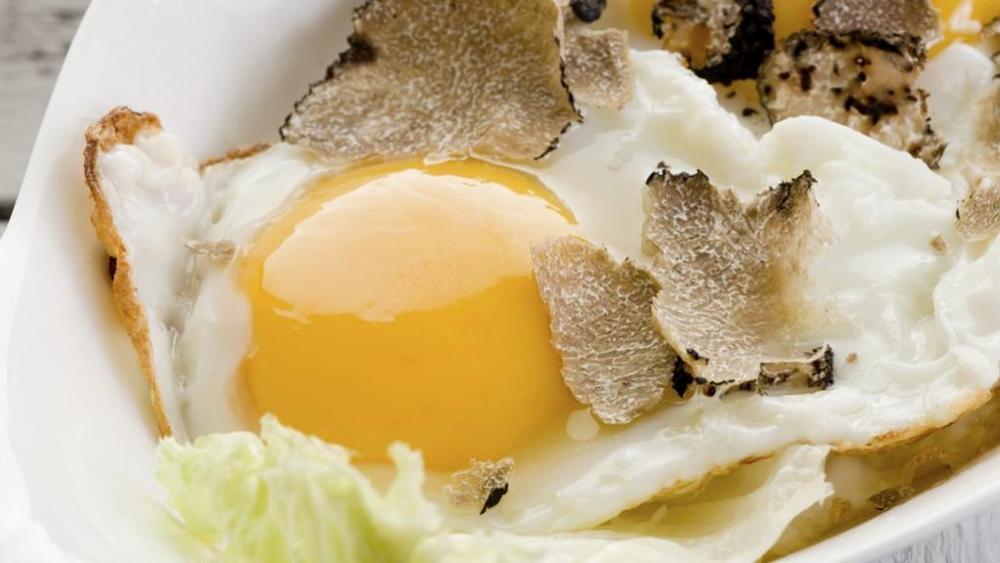 uova e tartufo.jpg