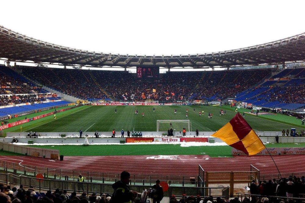 AS_Roma_4_Inter_Milan_0_Stadio_Olimpico.jpg