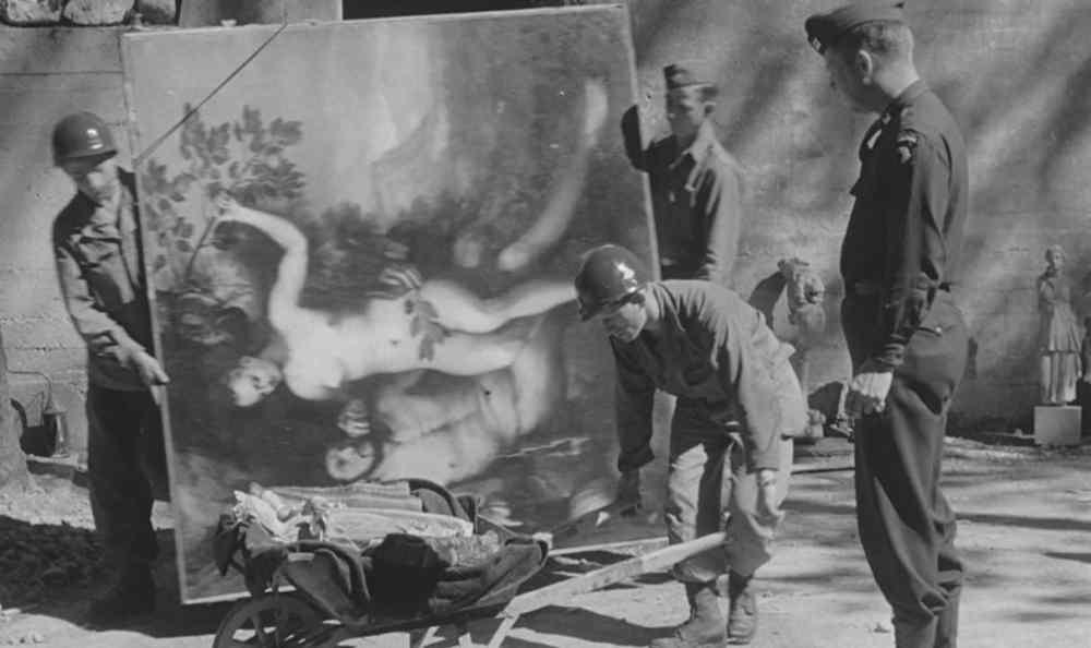 Liberazione-di-Berchtesgaden-e-recupero-della-collezione-Goering-ad-opera-della-101st-Aiirbone-Division.-Courtesy-of-National-Archives-Records-Administration_b-e1516875967695-1212x720.jpg