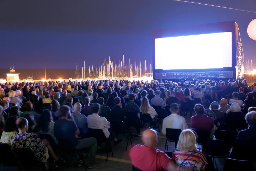 il-cinema-in-piazza-ostia