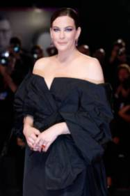 Liv Tyler on the red carpet for the screening of 'Ad Astra' during the 76st Venice Film Festival at the Sala Grande on August 29, 2019 in Venice, Italy. (Photo by: P. Lehman) (Photo credit should read P. Lehman / Barcroft Media via Getty Images)