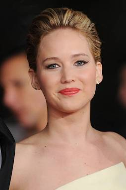 ROME, ITALY - NOVEMBER 14: Jennifer Lawrence attends 'The Hunger Games: Catching Fire' Premiere during The 8th Rome Film Festival on November 14, 2013 in Rome, Italy. (Photo by Stefania D'Alessandro/WireImage)