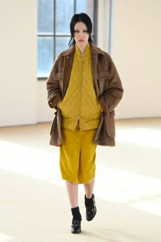 MILAN, ITALY - FEBRUARY 25: Look 7 at the Max Mara Fall/Winter 2021-2022 show during Milan Fashion Week on February 25, 2021 in Milano, Italy. (Photo by Daniele Venturelli/Daniele Venturelli/ Getty Images for Max Mara)