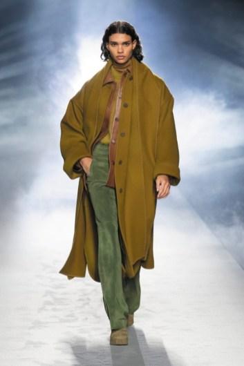 milano-fashion-week-moda-milano-sfilate-moda-sfilate-milano-alberta-ferretti-22-milano-fashion-week-moda-milano-sfilate-moda-sfilate-milano-alberta-ferretti-640x960