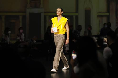 ROME, ITALY - JULY 08: Model walks the runway at the Dalpaos Fashion Show during the Altaroma 2021 at Cinecitta Studios on July 08, 2021 in Rome, Italy. (Photo by Ernesto S. Ruscio/Getty Images)